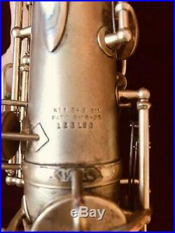 1929/1930 GOLD PLATED NEW KING VOLL TRUE ALTO SAX. Plays great