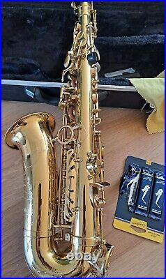 Alto Saxophone in Eb Odyssey OAS130 box damaged, sax in good playing order