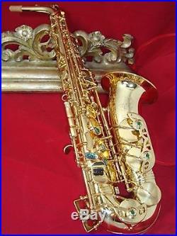 Alto saxophone professional Prestini- gold lacquer body and gold keys