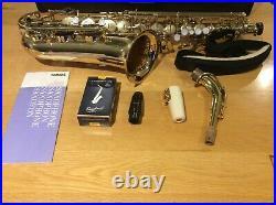 Saxophone Yamaha Yas 25 Alto Sax very good condition, hard case & accessories