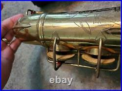Vintage 1947 RARE Alto Sax Saxophone CONN LADY FACE 6M Rolled Tone Holes w Case