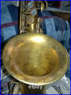 Vintage alto sax tom. Brown oriole Chicago circa20s good condition very rare