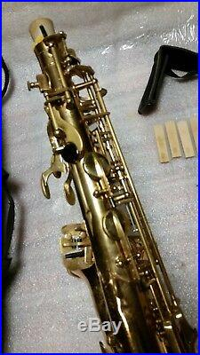 Vito Alto Saxophone Sax Wings Soft Case and Many Extras Made in Taiwan