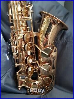 Yamaha YAS 275 alto sax, very lightly used/ very good condition