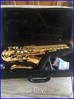Yamaha YAS-280 Alto Sax in pristine condition with carry case